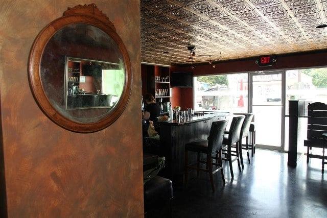 117-faux-tin-ceiling-tile