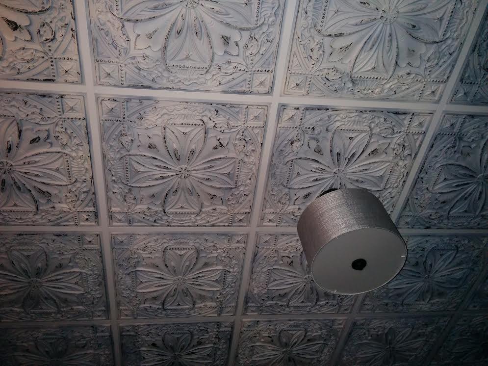 TD10 Faux Tin Ceiling Tile