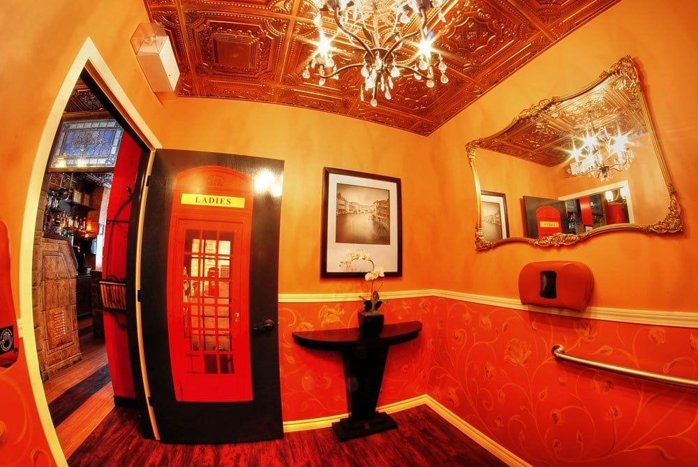 td04-faux-tin-ceiling-tile-1