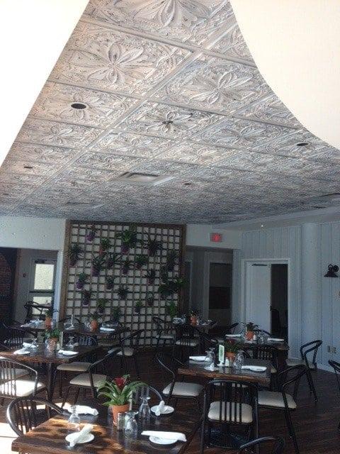 td10-faux-tin-ceiling-tile