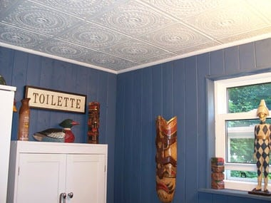 Ceiling-tiles-in-bathrrom